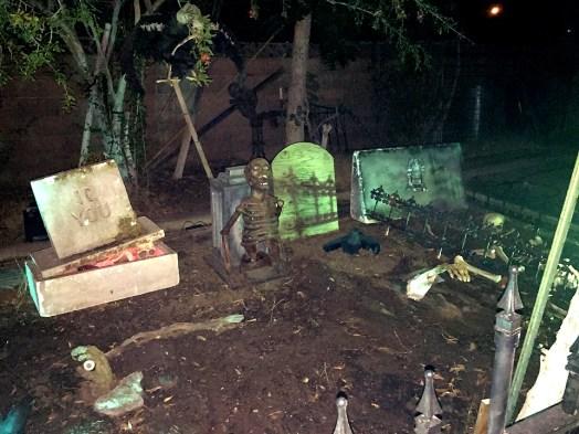never-rest-cemetery-graves