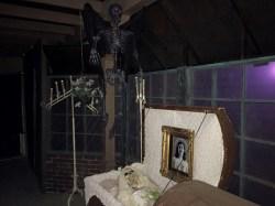restless-souls-manor-coffin