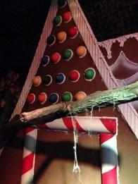 rotten-apple-2016-gingerbread-house