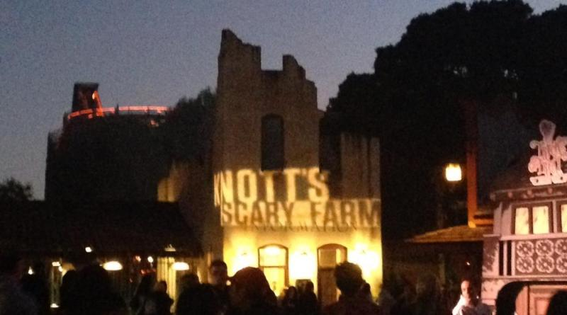 Knotts Scary Farm 2017 lighted words