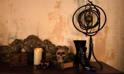 Cauldron desk