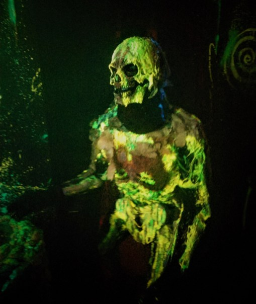 Los Angeles Haunted Hayride 2018 Review Trick or Treat monster
