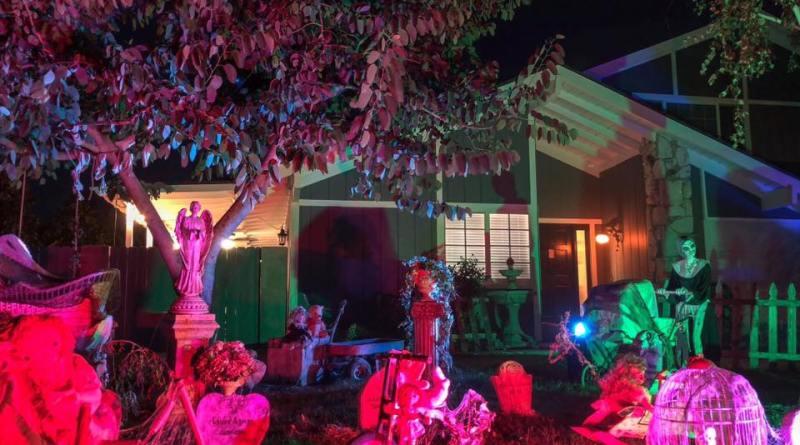 Mourning Rose 2018 yard haunt