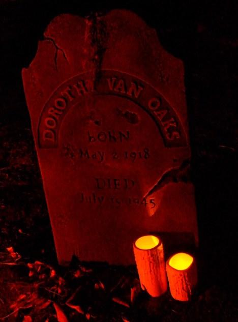 Van Oaks Cemetery 2018 Dorothy tombstone