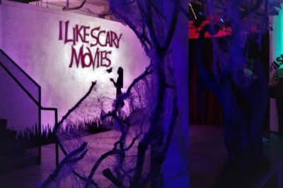 I Like Scary Movies Encore Lobby