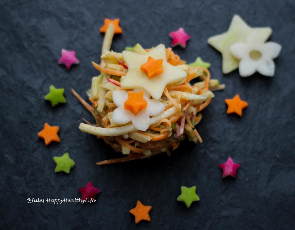Leinsamen Mayonnaise ist eine Zutat des veganen Kohlrabi Coleslaw