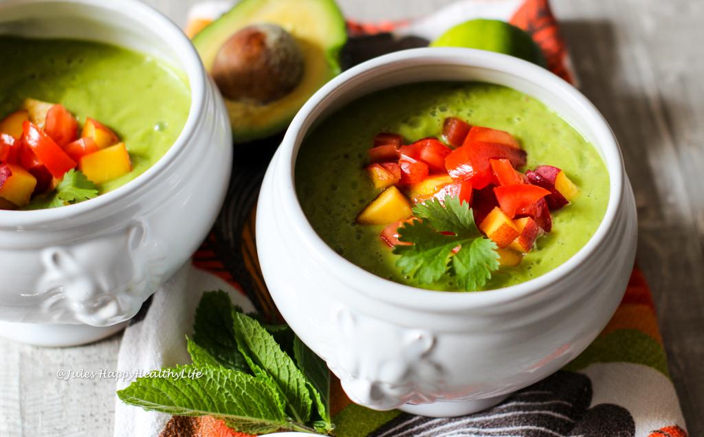 Nicht nur geschmacklich sondern auch optisch ein Highlight - Kalte Avocado Pfirsich Suppe