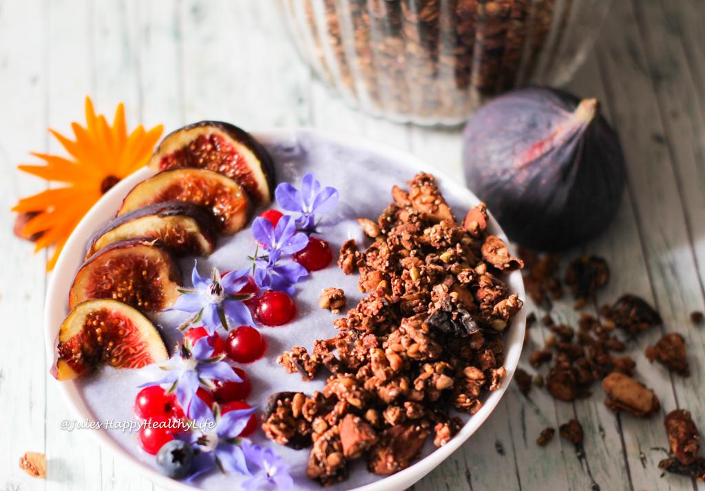 Aktivierte Nüsse machen das Leckere Schoko Granola besser verdaulich