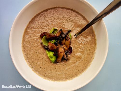 Sopa de Cogumelos Vegan