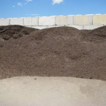 Compost and Aged Manure Mix compost07