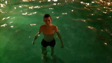 pluskanie w wodzie :)