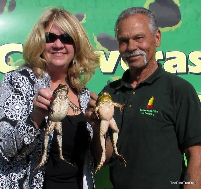 Copperopolis Town Square Holds Inaugural Frog Jump