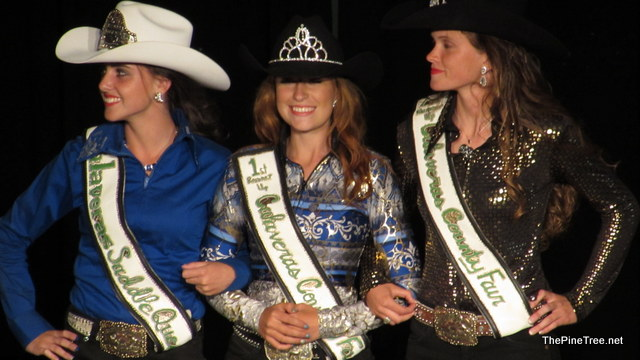 The 2016 Calaveras Saddle Queen Is Samantha Smith