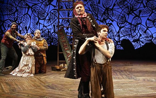REVIEW: Peter and the Star Catcher