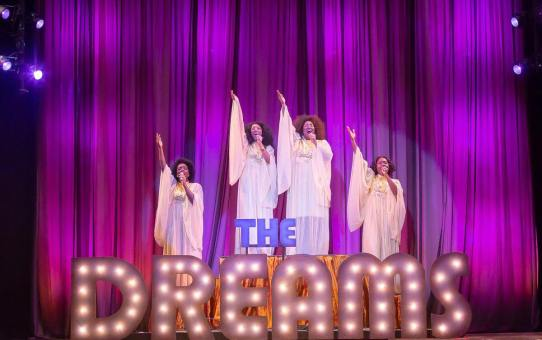 DREAMGIRLS Focus is on Acting