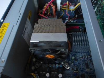 Taito Type X² - CPU cooling by ThermalTake