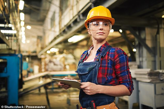 15488482-7201157-Adelaide_has_been_swarmed_with_job_opportunities_for_tradies_but-a-28_1561996156699