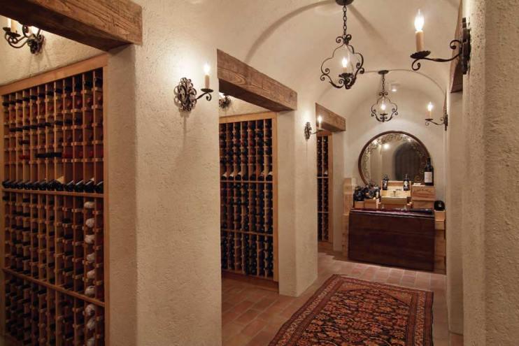Int-Wine-Vaults3