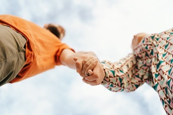 7 Questions to Ask before You Draw Your Relationship Boundaries – Damien Nash