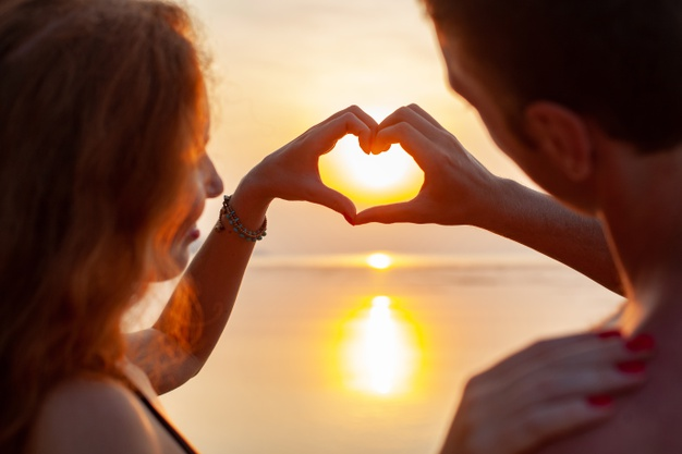 8 SIGNS YOUR MARRIAGE WILL BE WONDERFUL