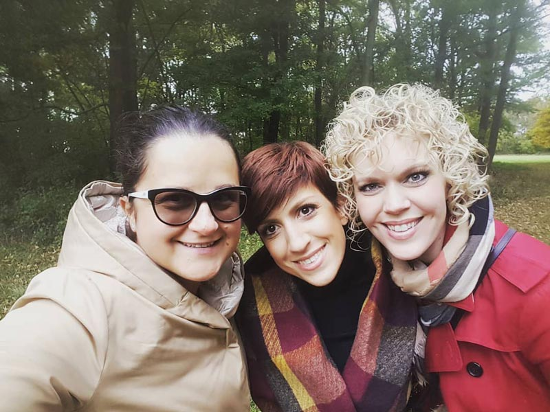 Nicoleta-Raftu-and-Erin-Elizabeth-and-Stephanie-Lemmens-newborn-workshop-maternity-workshop-for-photographers