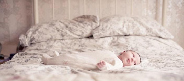 Newborn Jaundice: Symptoms, Causes, Types, Treatment