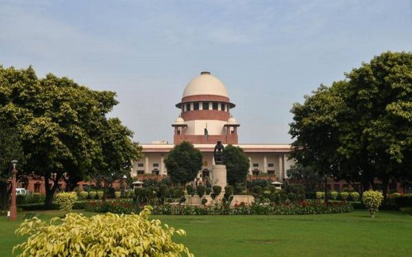 image of supreme court of india building india