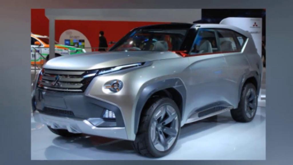 2023 Mitsubishi Montero Images