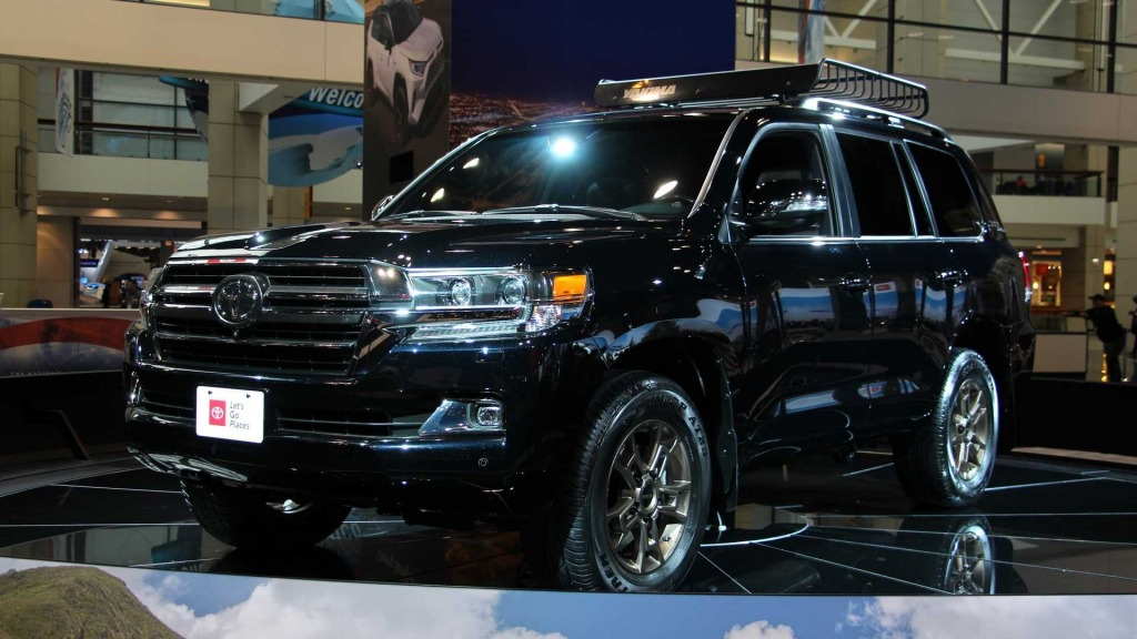 2023 Toyota Land Cruiser Images