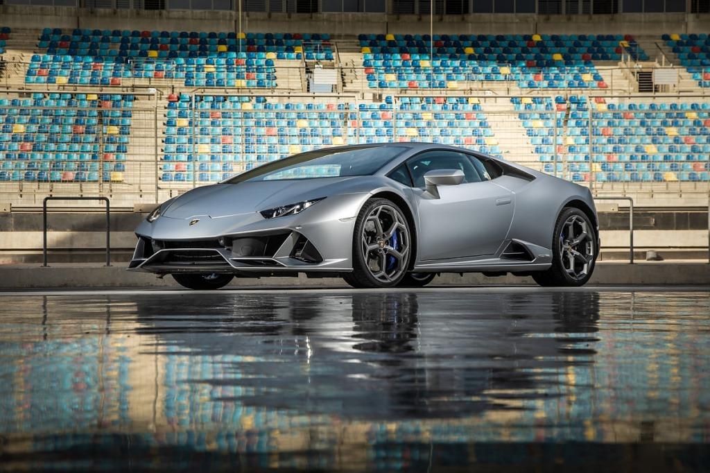 2023 Lamborghini Huracan Wallpaper