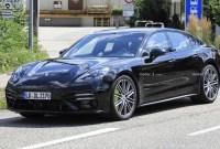 2023 Porsche Panamera Release date