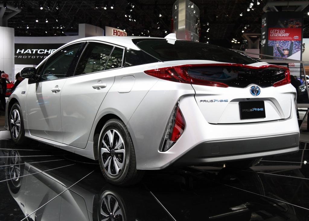 2023 Toyota PriusPictures Engine