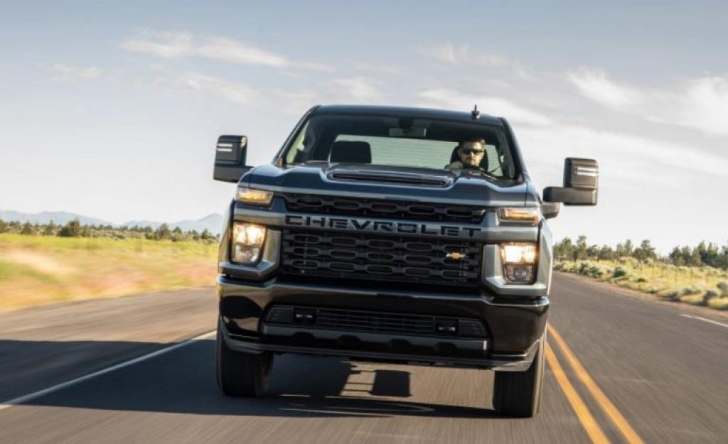 2023 Chevy Silverado 2500HD Wallpapers