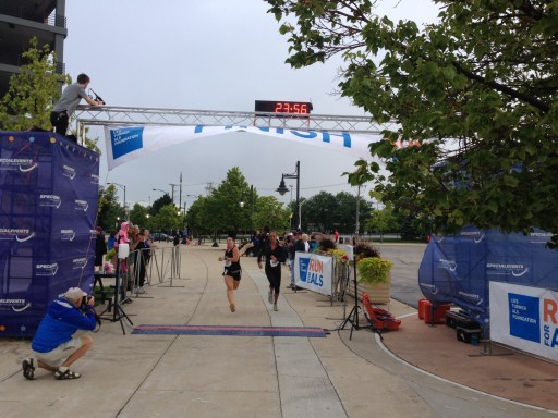 Runners finishing strong at the Strike Out ALS 5K/Photo: Zach Freeman