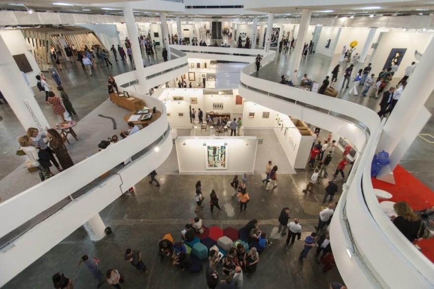 SPArte at the Biennale Pavillion by architect Oscar. photo: Pangea de Dois