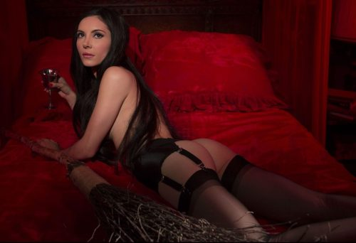 """Love Witch"""