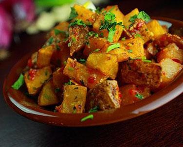 Batata harra ( بطاطا حرّة)