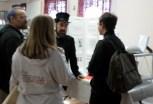Jason Scott visiting the exhibit