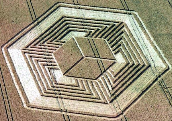 Fosbury Hillfort Hypercube