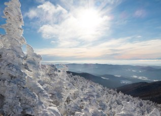 Winter wonderland from the top of Camel's Hump