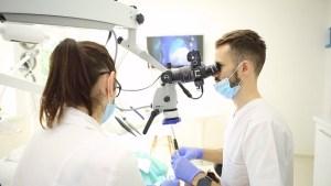 Implant dentaire en Moldavie Dentiste