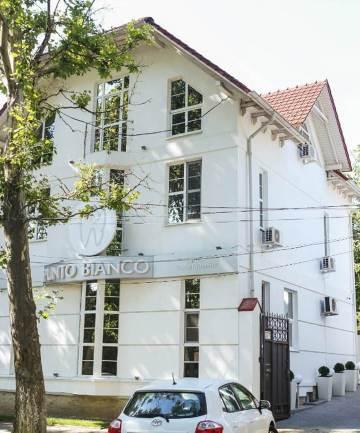 Clinique dentaire Moldavie extérieur