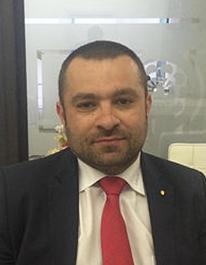 Daniel Acatrinei