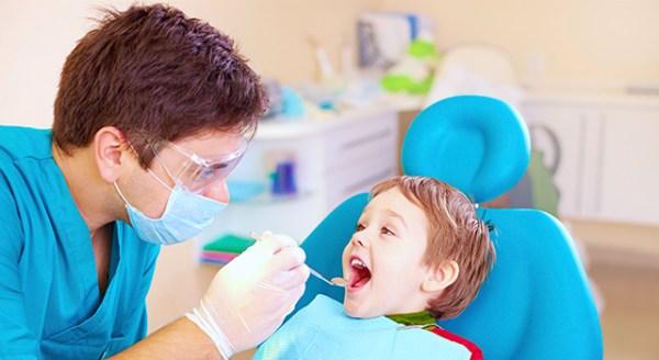 odontopediatria Guia para Odontopediatras que Atendem Sozinhos