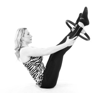 female personal trainer doing an exercise routine