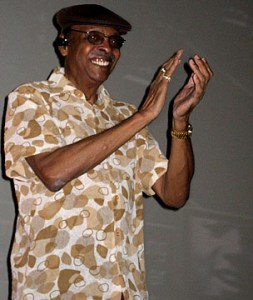 Herb Kent claps while hosting the Michael Jackson memorial simulcast - Harold Washington Cultural Ctr. in Chicago, July 7, 2009. Photos by Andy Argyrakis.