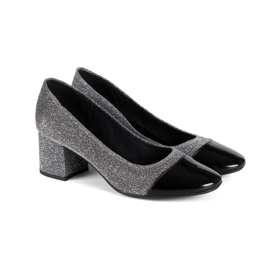 683a79ce1a Sapato Verniz Preto e Lurex Prata de Salto Grosso Baixo - New Elegance