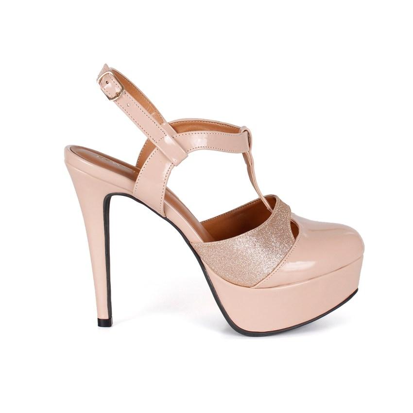 fedc1e217 ... SANDÁLIAS  Chanel Verniz Nude Bico Redondo Salto Alto e Fino com Meia  Pata. IMG 0214