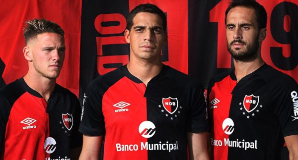 Newell's Old Boys Shirts Worn By Players