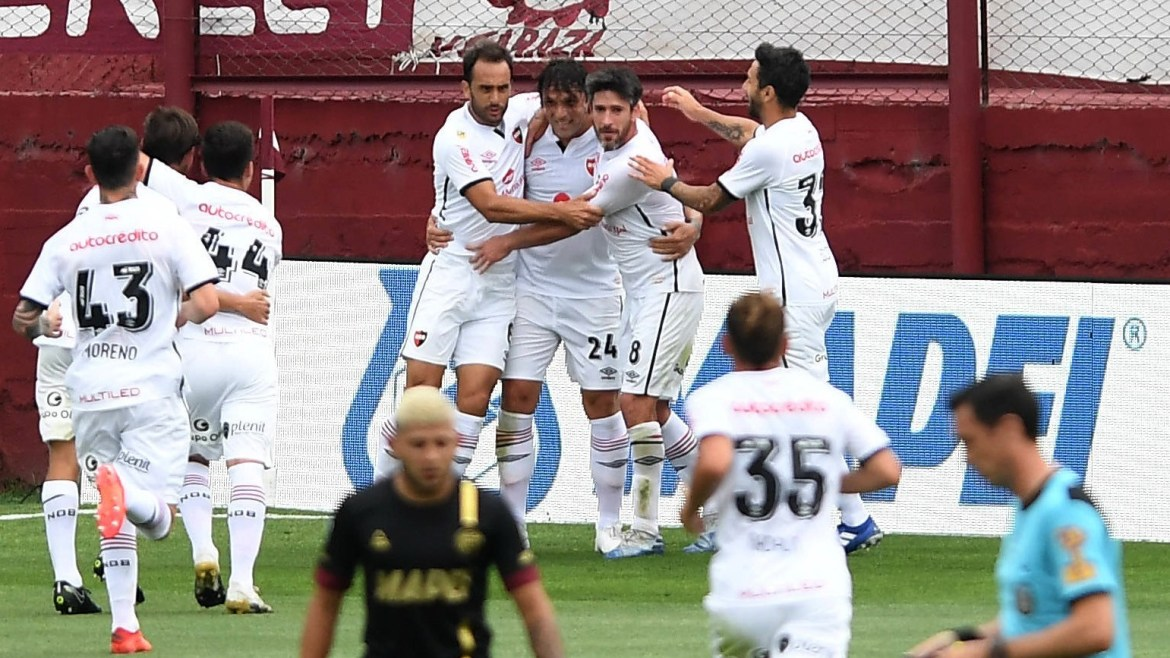 Lanús can still qualify but Sunday's match is a dead rubber for Newell's